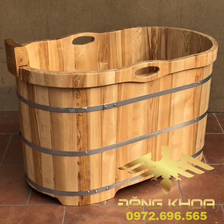 Bồn tắm gỗ Pơ Mu dáng oval